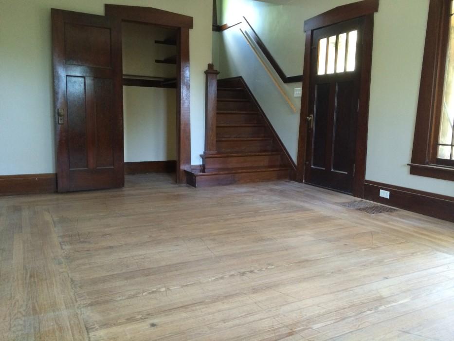 Pine pattern old to gold hardwood floors for Hardwood floors kalamazoo