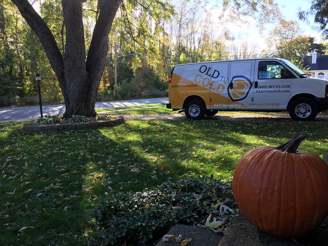Beautiful Lakeside Dr in East Grand Rapids for one of our starts this week. Need an estimate? Great, they're free; give us a call or visit our website! Enjoy this fall! 🍂🍁#floorsander #flooring #hardwoodflooring #hardwoodfloor #woodflooring #woodfloors #grandrapids #eastgrandrapids #egr #grmi #michigan #entrepreneur #smallbusiness