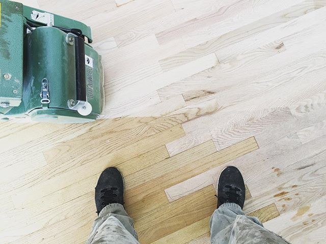 Working on the marriage 💍 of an existing floor and a large lace in area. It's turning out beautiful! . . . . . #floorsander #flooring #hardwoodflooring #hardwoodfloors #woodflooring #woodfloors #eastgrandrapids #redoak #michigan #entrepreneur #lagler #laglerhummel #bonadcs #nortonabrasives #norton #bonafloors #saintgobain #bonacertifiedcraftsman #bonasystem #mobilemarketing #woodworking #woodworker #architecture #highend #customwork #oldtogold #NWFA #NWFACertifiedPros #HardwoodFloorsMag #NWFACertified